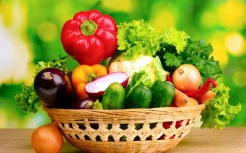 Bị chảy máu chân răng nên ăn nhiều rau củ quả
