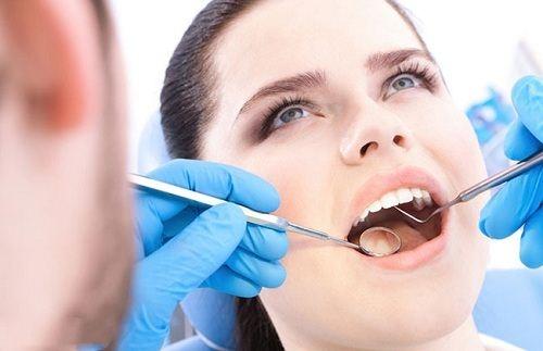 Nhổ Răng Hư Có Trồng Răng Implant Được Không -3