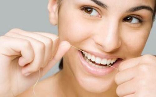 phụ nữ mang bầu có nên nhổ răng không 9