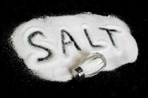 cách chữa viêm lợi với nước muối tại nhà4