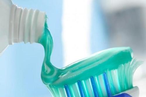 Vì sao đánh răng thường xuyên vẫn bị sâu răng 10