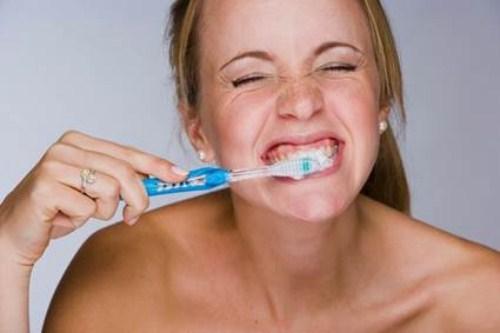 những nguyên nhân gây bệnh lở miệng ở người lớn 7