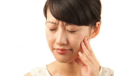Hiện tượng đau lạ thường khi tiêm thuốc tê