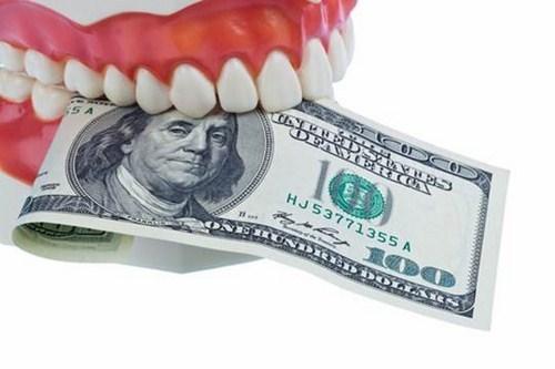 So Sánh Hàm Giả Tháo Lắp Và Trồng Răng Implant -9
