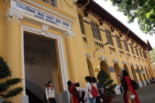 Đại học Sài Gòn trồng răng implant có đau không